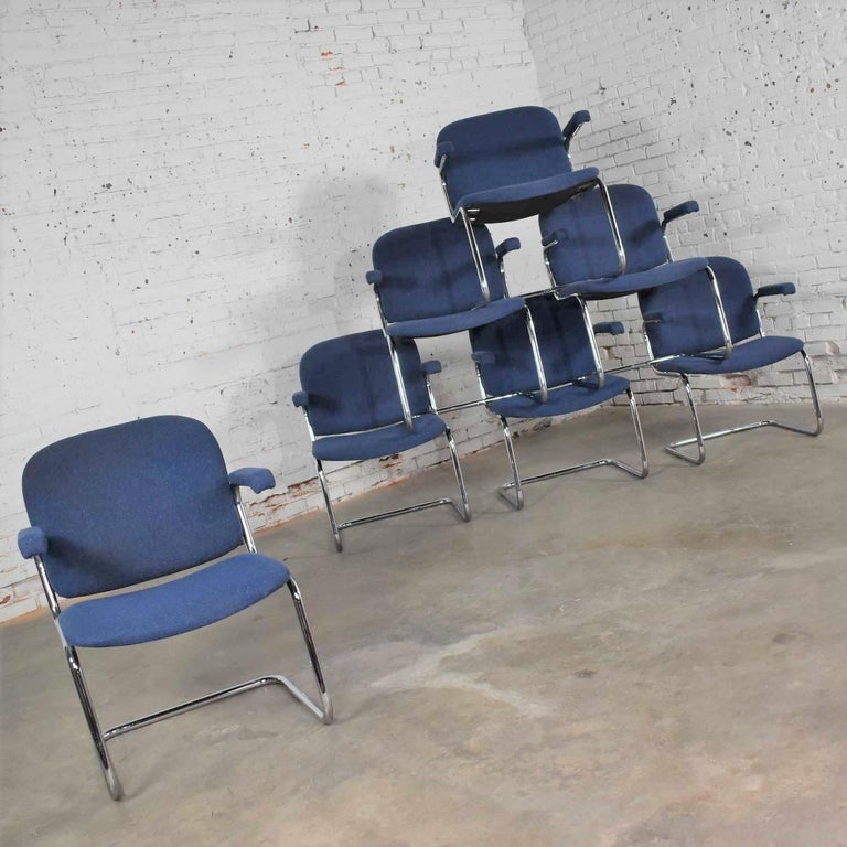 Bauhaus Tubular Chrome and Blue Fabric Cantilever Lounge Chair with Arms 7 Available For Sale