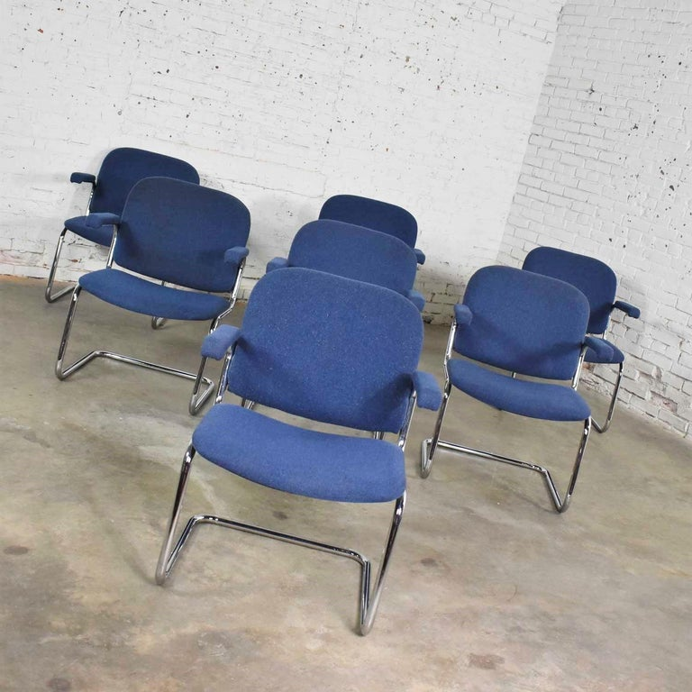 20th Century Tubular Chrome and Blue Fabric Cantilever Lounge Chair with Arms 7 Available For Sale