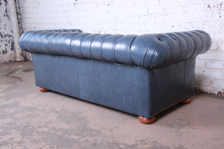 Vintage Tufted Blue Leather Chesterfield Sofa For Sale 6