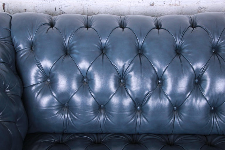 20th Century Vintage Tufted Blue Leather Chesterfield Sofa For Sale