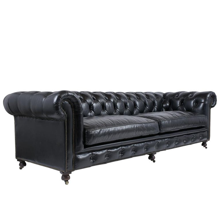 Vintage Tufted Leather Chesterfield Sofa In Good Condition In Los Angeles, CA