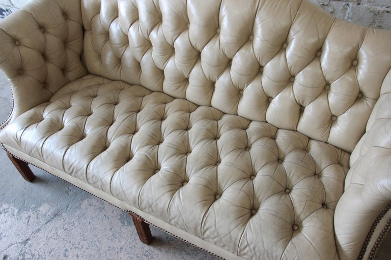 Vintage Tufted Tan Leather Chesterfield Sofa For Sale 1