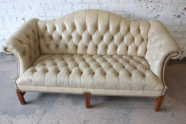 Vintage Tufted Tan Leather Chesterfield Sofa For Sale 2