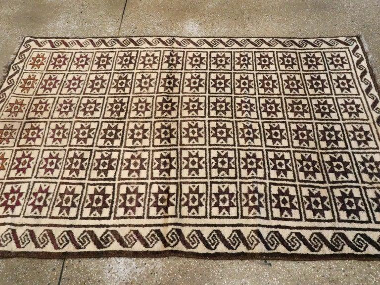 Vintage Turkish Anatolian Rug For Sale 2