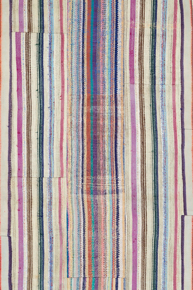 A vintage Turkish flat-woven Kilim rug from the late 20th century.