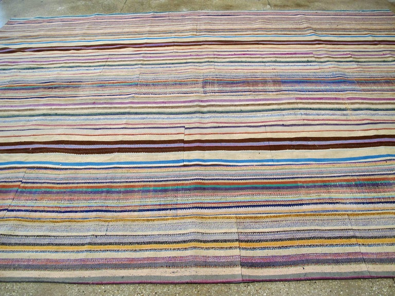 Vintage Turkish Flat-Weave Rug For Sale 1