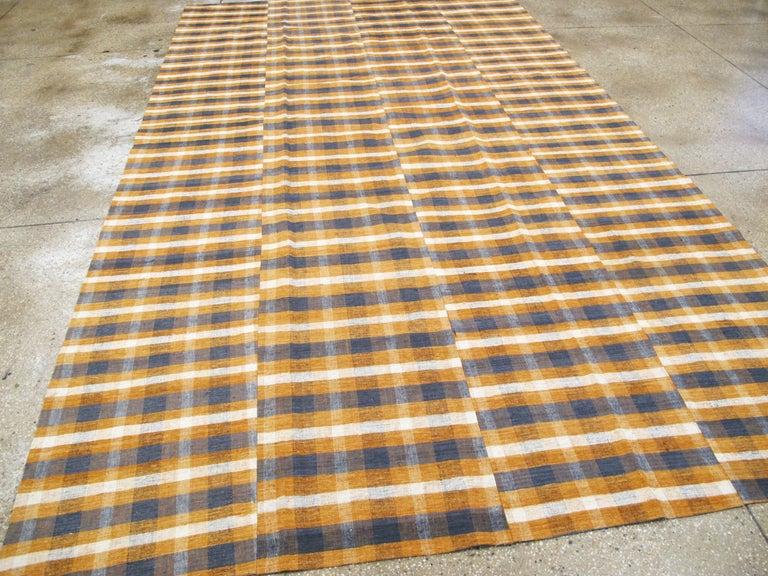 20th Century Vintage Turkish Flat-Weave Kilim For Sale