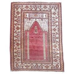 Vintage Turkish Ghyordes Prayer Rug