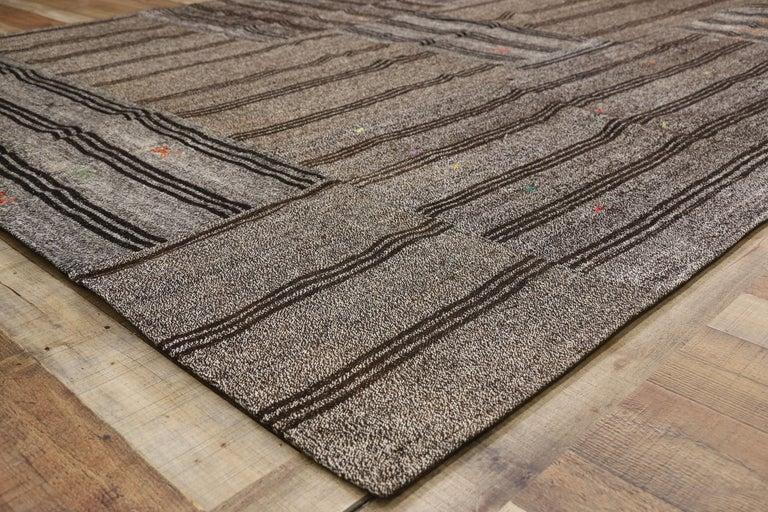 Vintage Turkish Gray Flatweave Kilim Rug with Black Stripes, Flat-weave Rug For Sale 1