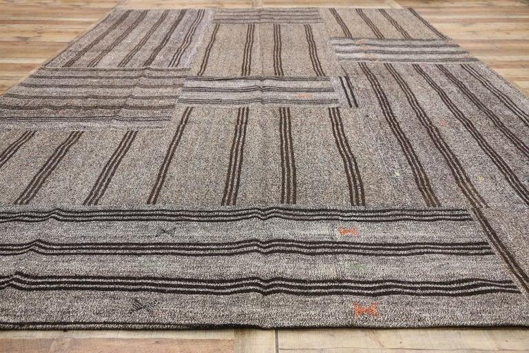 Vintage Turkish Gray Flatweave Kilim Rug with Black Stripes, Flat-weave Rug For Sale 2
