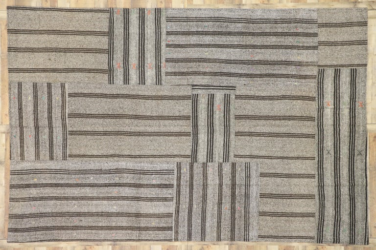 Vintage Turkish Gray Flatweave Kilim Rug with Black Stripes, Flat-weave Rug For Sale 3