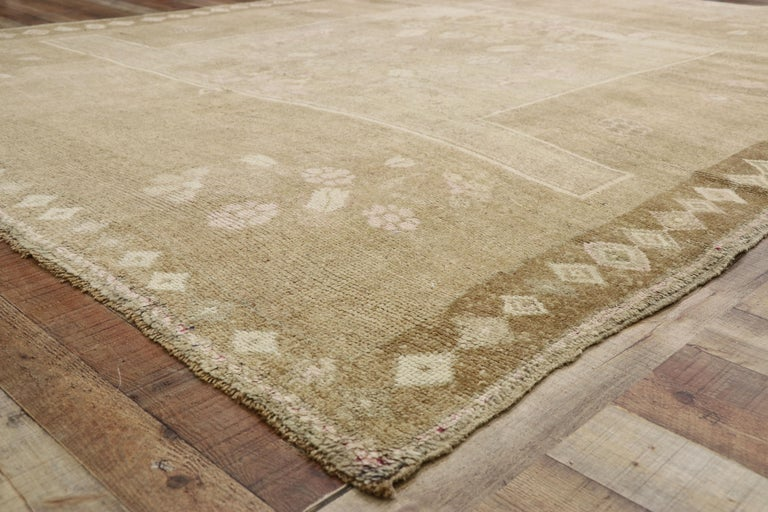 20th Century Vintage Turkish Kars Rug with Modern Farmhouse and Romantic Prairie Style For Sale