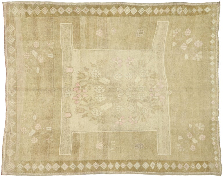 Vintage Turkish Kars Rug with Modern Farmhouse and Romantic Prairie Style For Sale 2