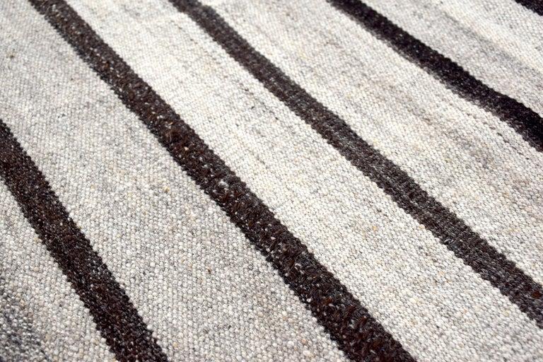 Hand-Woven Vintage Turkish Kilim Rug 'Flat-Weave' For Sale