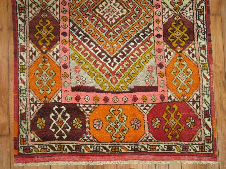 Vintage Turkish Konya Rug In Excellent Condition For Sale In New York, NY