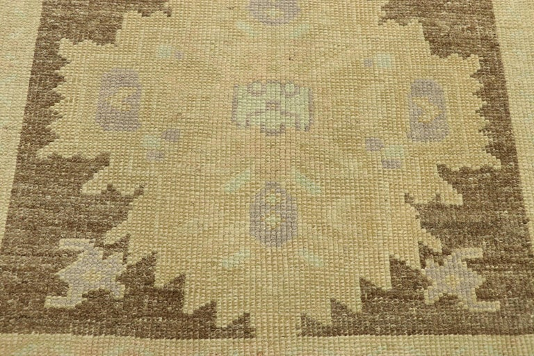 Vintage Turkish Oushak Accent Rug with Rustic Shaker Farmhouse Style In Good Condition For Sale In Dallas, TX