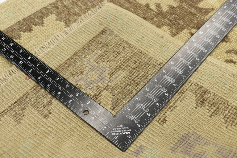 20th Century Vintage Turkish Oushak Accent Rug with Rustic Shaker Farmhouse Style For Sale