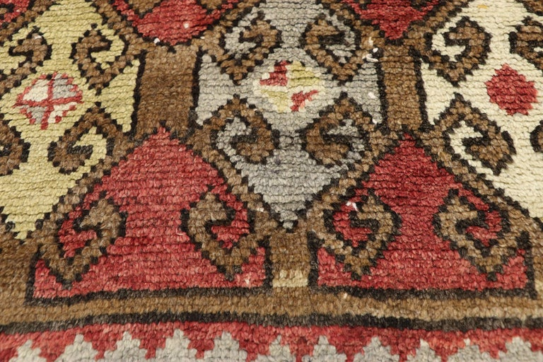 Vintage Turkish Oushak Hallway Runner with Craftsman Tribal Style In Good Condition For Sale In Dallas, TX