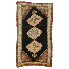 Vintage Turkish Oushak Rug with Mid-Century Modern Style