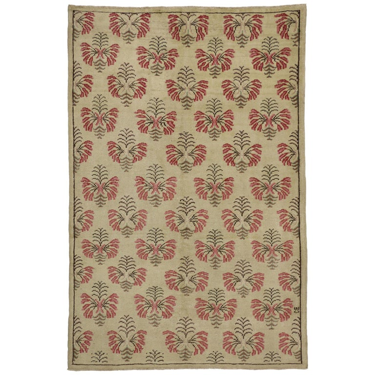 Vintage Turkish Oushak Rug with Shabby Chic Farmhouse Style For Sale