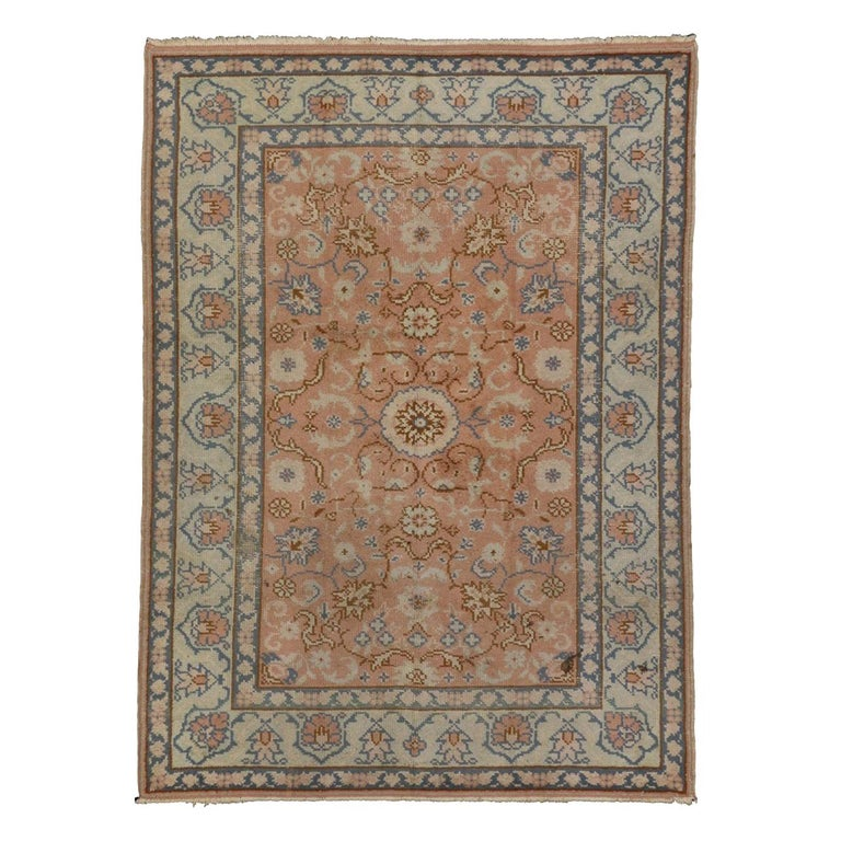 Vintage Turkish Oushak Rug with Swedish Farmhouse or English Country Style For Sale