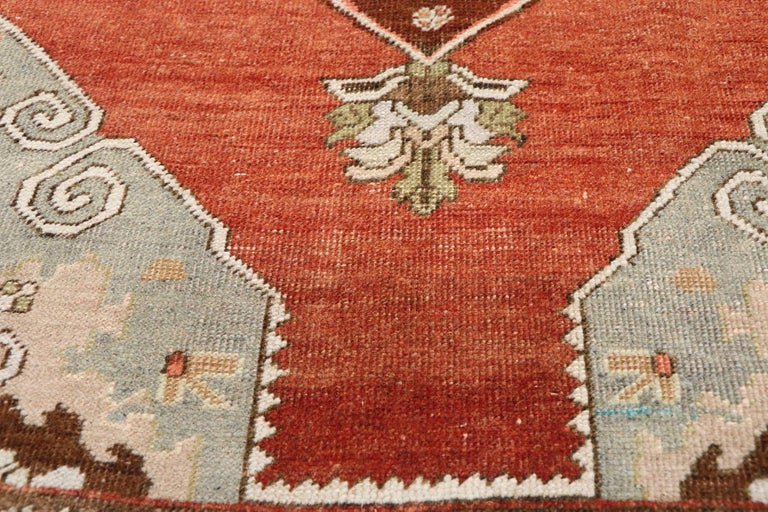Vintage Turkish Oushak Runner with Manor House Tudor Style In Good Condition For Sale In Dallas, TX