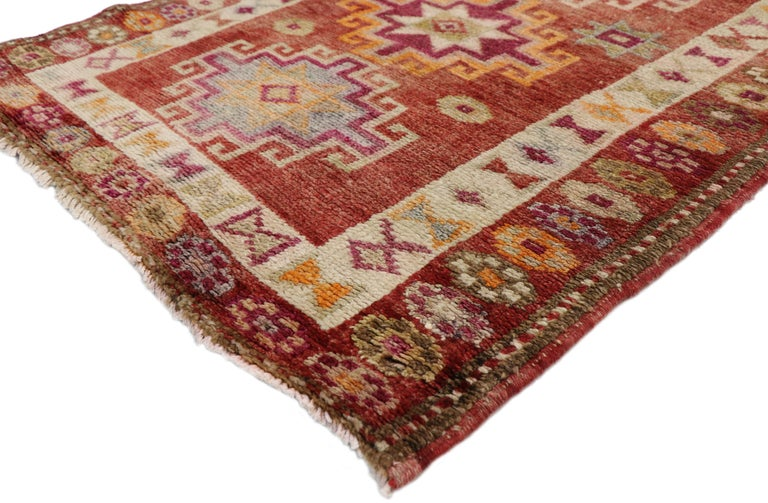 52047 Vintage Turkish Oushak Runner with Mid-Century Modern Art Deco Style. With its bold geometric pattern and rectilinear architectural elements, this hand-knotted wool vintage Turkish Oushak runner embodies Mid-Century Modern style with an Art