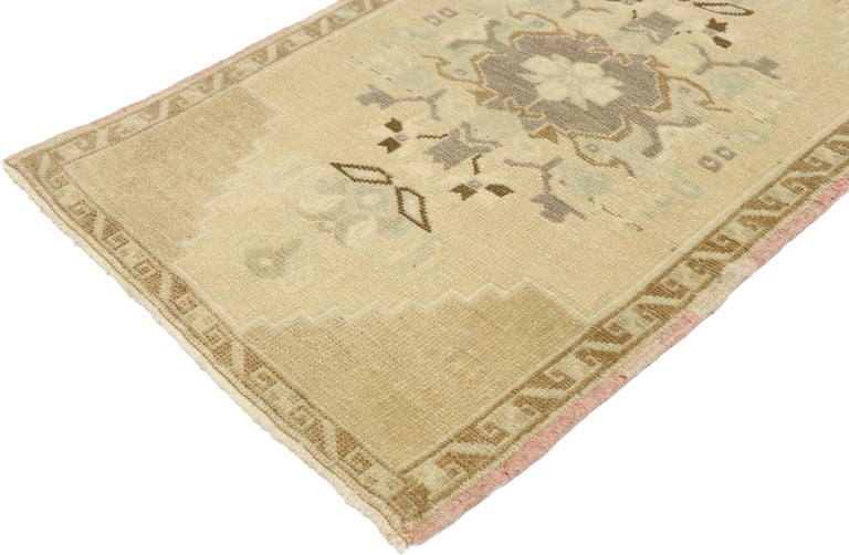 53014, vintage Turkish Oushak Yastik scatter rug with Swedish Farmhouse Cottage style. Effortless beauty and romantic connotations meet soft, bespoke vibes with a Swedish farmhouse cottage style in this hand knotted wool vintage Turkish Oushak