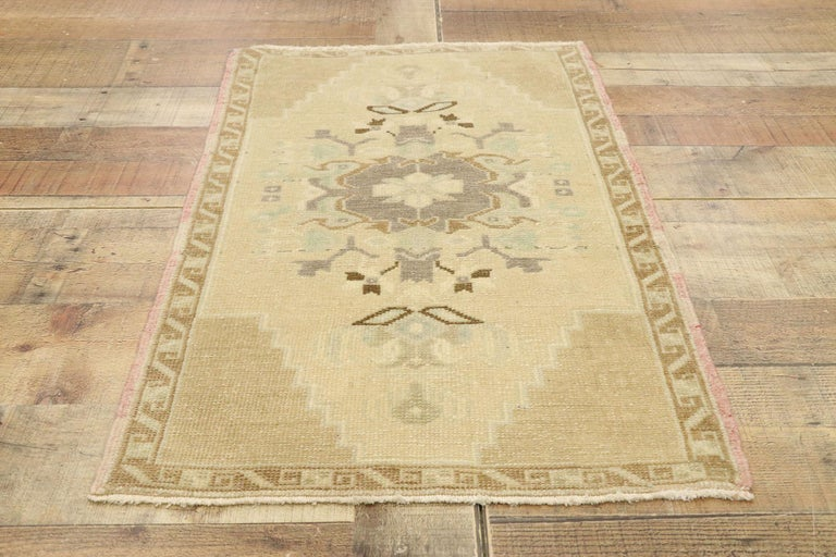 Vintage Turkish Oushak Yastik Scatter Rug with Swedish Farmhouse Cottage Style For Sale 1
