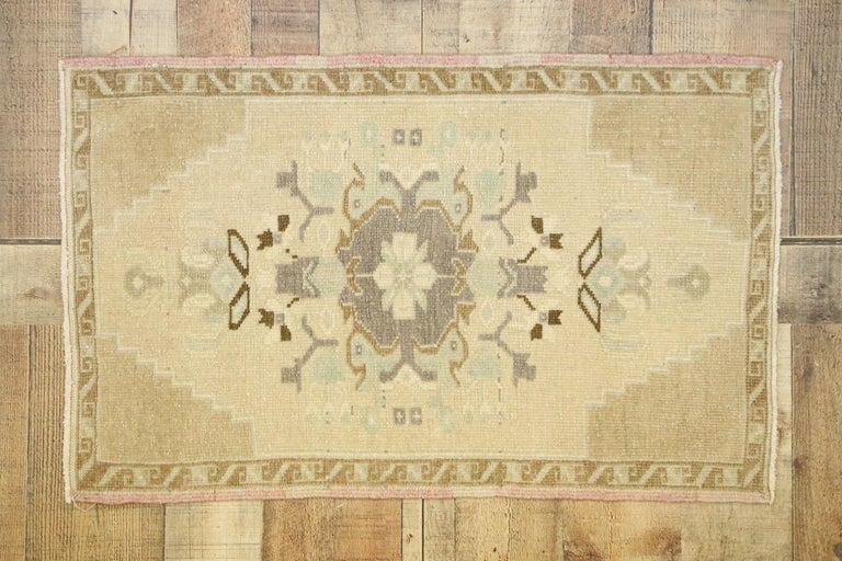 Vintage Turkish Oushak Yastik Scatter Rug with Swedish Farmhouse Cottage Style For Sale 2