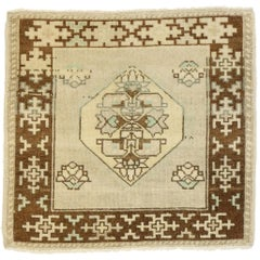 Vintage Turkish Oushak Yastik Scatter Rug with Swedish Farmhouse Style