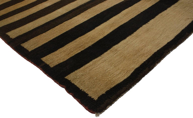 Vintage Turkish Rug with Mid-Century Modern Style In Good Condition For Sale In Dallas, TX