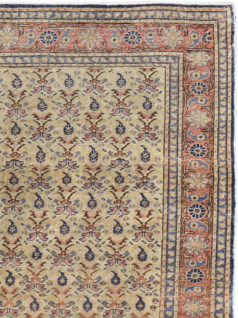 A vintage Turkish Sivas rug from the mid-20th century.  Measures: 4' x 5' 11