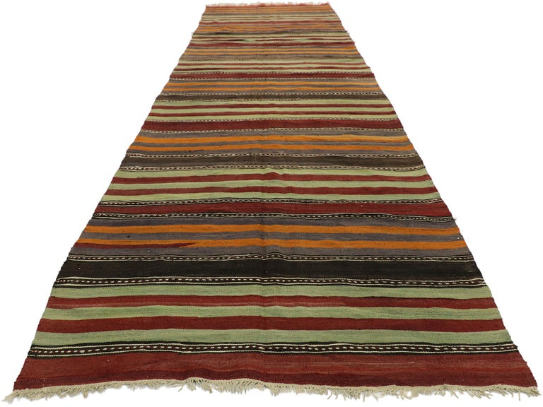 Vintage Turkish Striped Kilim Runner with Modern Cabin Style In Good Condition For Sale In Dallas, TX