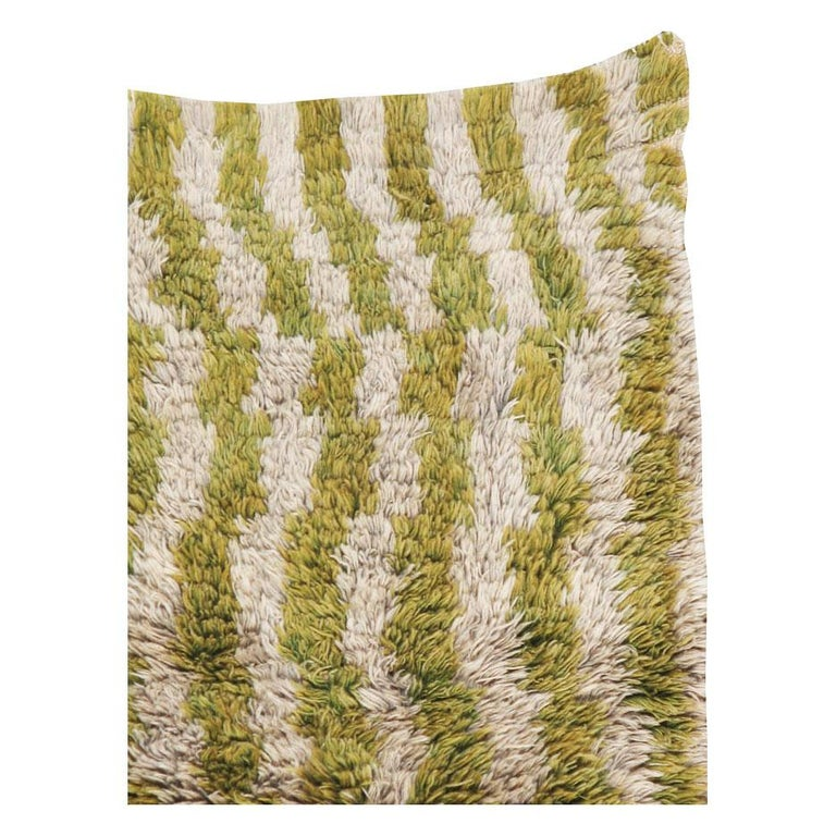 Modern Midcentury Handmade Turkish Folk Shag Rug In Chartreuse Green and Ivory For Sale