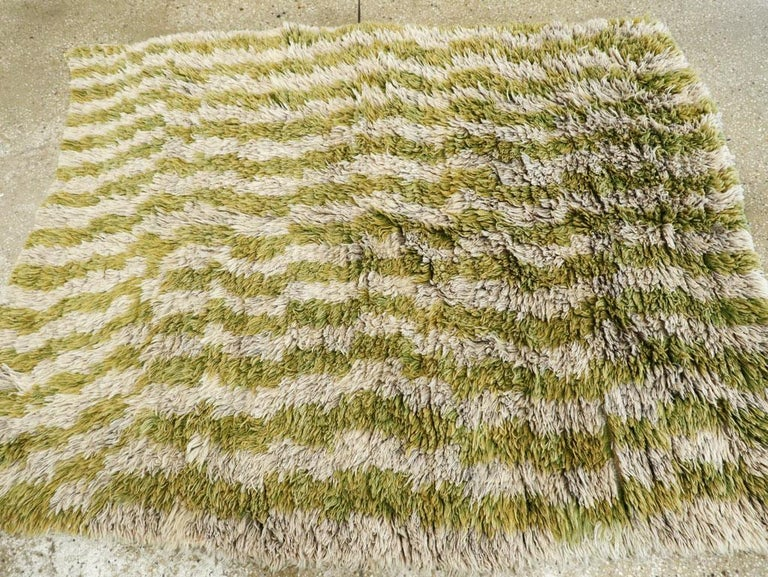 Wool Midcentury Handmade Turkish Folk Shag Rug In Chartreuse Green and Ivory For Sale
