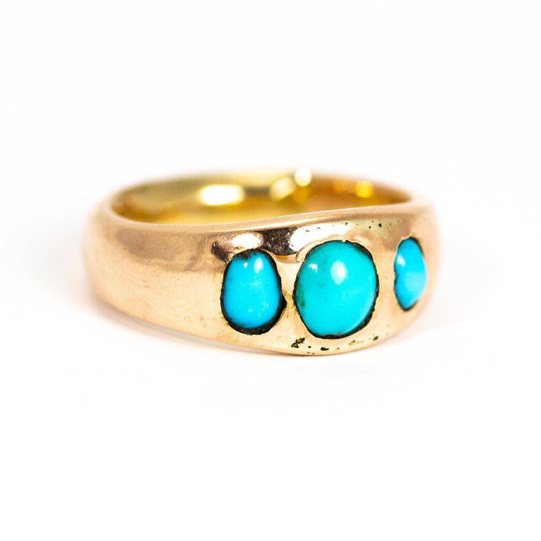 Women's or Men's Vintage Turquoise Cabochon and 9 Carat Gold Band For Sale