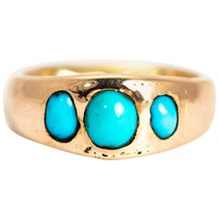 Vintage Turquoise Cabochon and 9 Carat Gold Band