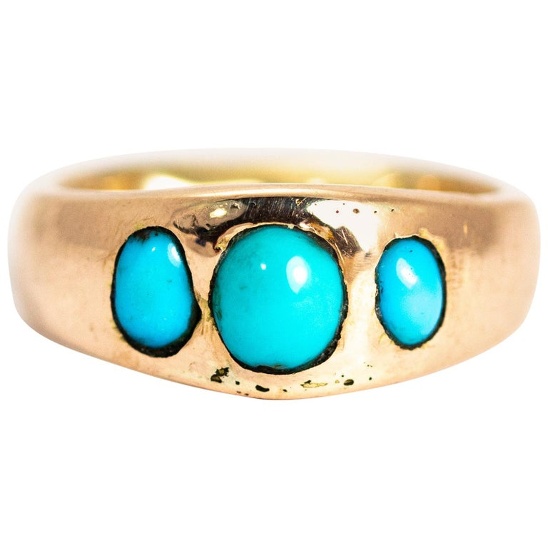 Vintage Turquoise Cabochon and 9 Carat Gold Band For Sale