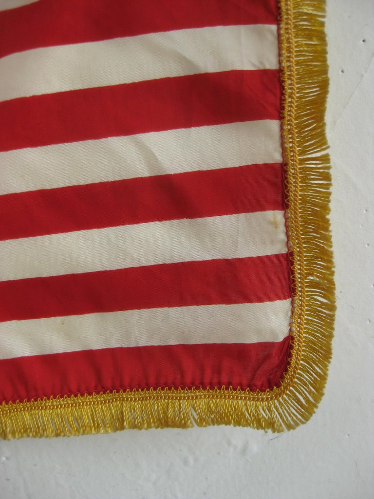 Vintage United States Military Desk 50 Star American Silk Flag on Brass Flagpole For Sale 6