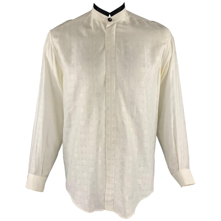 Vintage V2 by VERSACE Size M Cream Textured Cotton / Viscose Long Sleeve Shirt For Sale
