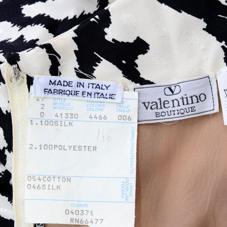 Vintage Valentino Black & White Silk Abstract Print Ruffled Dress For Sale 7