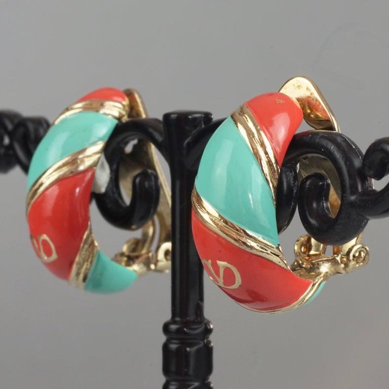 Vintage VALENTINO V Logo Enamel Earrings For Sale 4