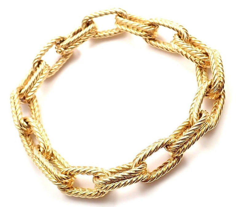 18k Yellow Gold Vintage Textured Link Bracelet by Van Cleef & Arpels. Details: Length: 7.5