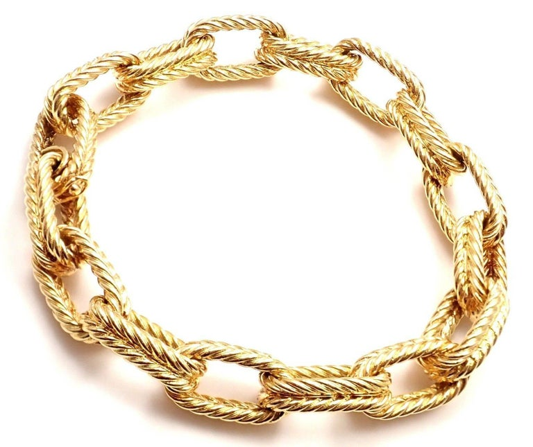 Vintage Van Cleef & Arpels Textured Yellow Gold Link Bracelet In New Condition For Sale In Southampton, PA