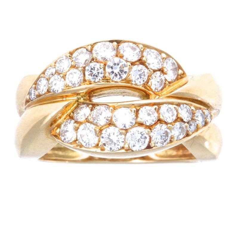 Round Cut Vintage Van Cleef & Arpels Diamond 18 Karat Gold Ring For Sale