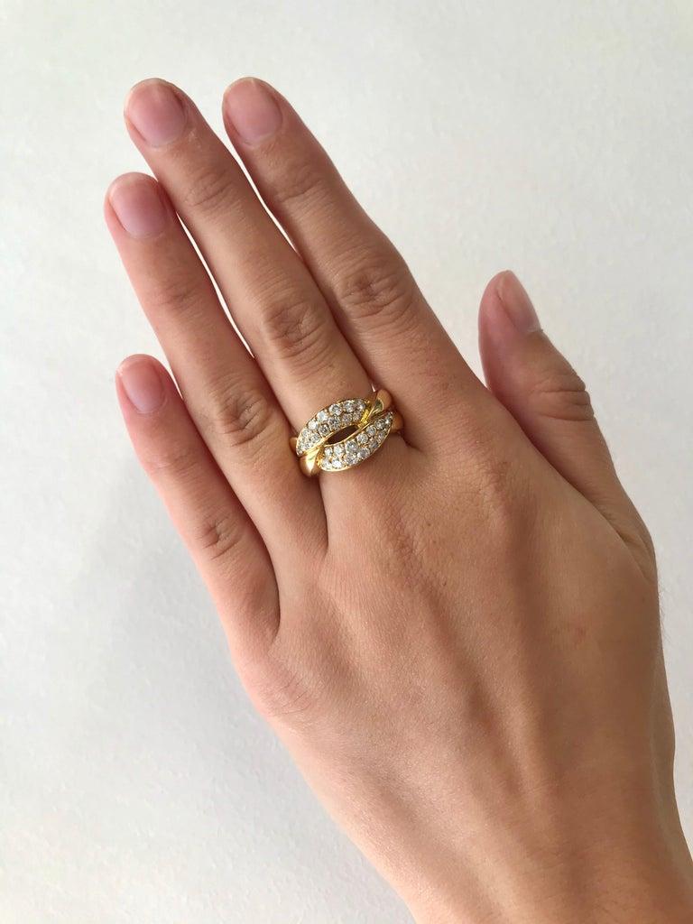 Women's Vintage Van Cleef & Arpels Diamond 18 Karat Gold Ring For Sale