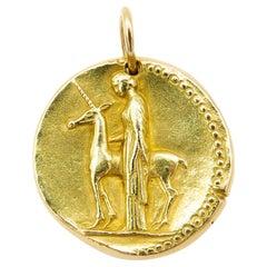 Vintage Van Cleef & Arpels 18 Karat Yellow Gold Virgo Zodiac Pendant/Charm