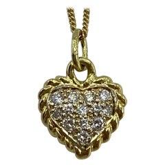 Vintage Van Cleef & Arpels Alhambra Diamond 18 Karat Gold Heart Pendant Necklace