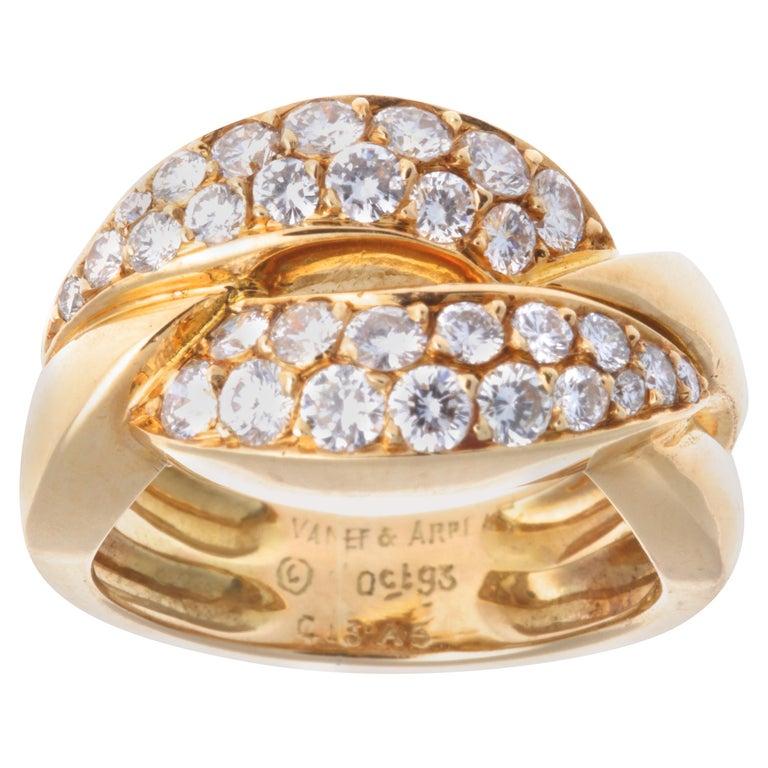 Vintage Van Cleef & Arpels Diamond 18 Karat Gold Ring For Sale